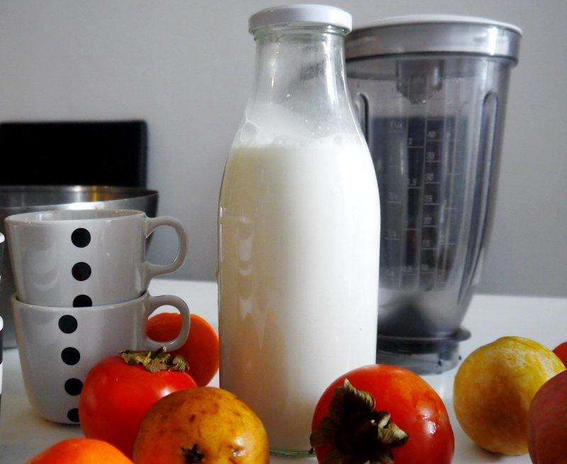 Бадемово мляко